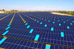 A Tolosa un'area contaminata rinasce grazie al fotovoltaico