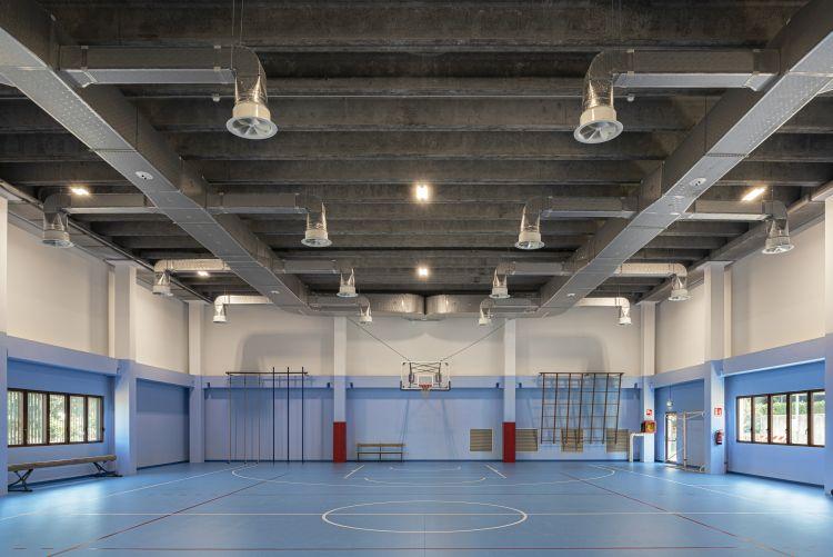 """Riqualificazione efficiente della scuola Secondaria """"S. Pellico"""" di Varese. La palestra"""