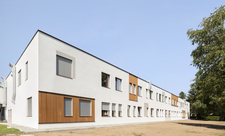 """La Scuola Secondaria """"S. Pellico"""" a Varese, edificio NZEB"""