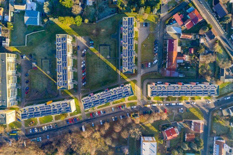 Efficienza energetica degli edifici, energia rinnovabile e mobilità sostenibile nel post covid
