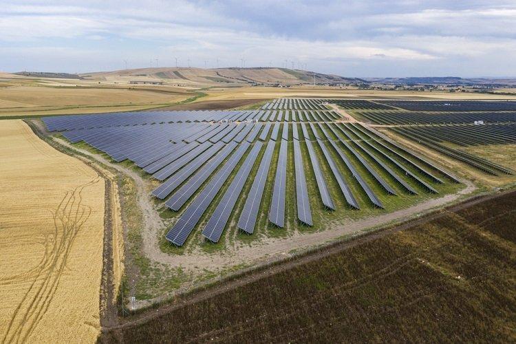 European Energy collega alla rete il più grande parco fotovoltaico italiano