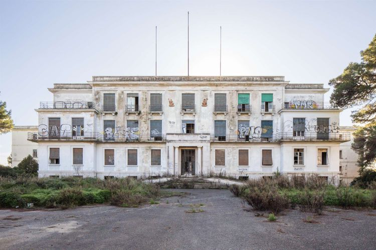 Lecce, l'ex Galateo torna a nuova vita