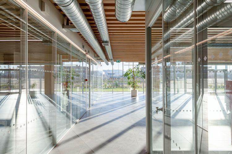 La progettazione del quartier generale di Iperceramica si è basata sull'applicazione dei principi del Design for Manufacturing and Assembly e del Design for Disassembly