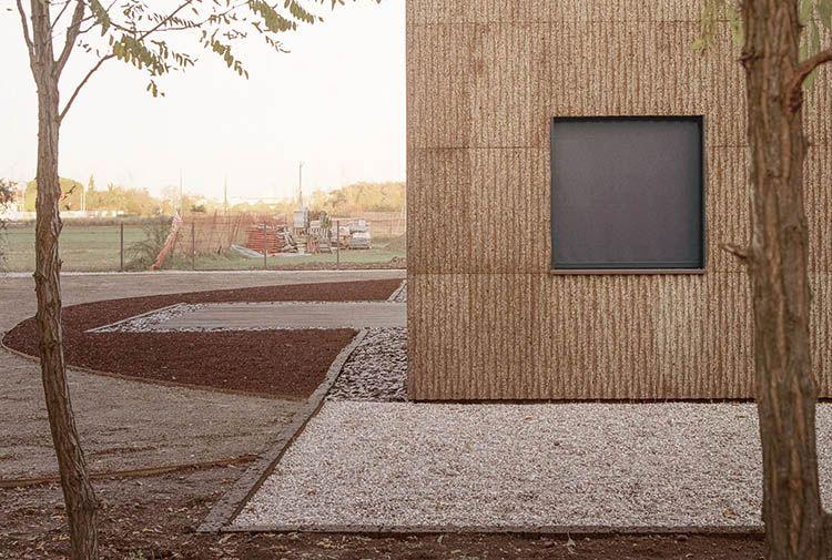 CASA QUATTRO: legno, paglia e sughero per l'abitare naturale