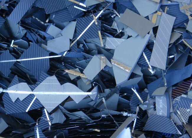 Pannelli fotovoltaici fine vita: gli aspetti normativi