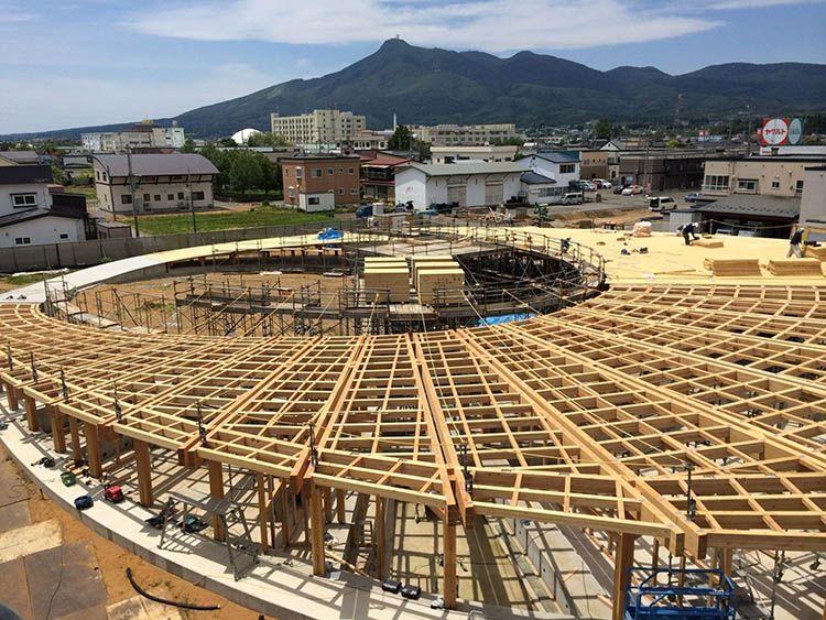 Yoshino Nursery School: la scuola in legno di Tezuka Architects
