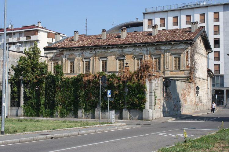 Riqualificazione centro Busto Arsizio, L'ex villa Bossi-Radeztky