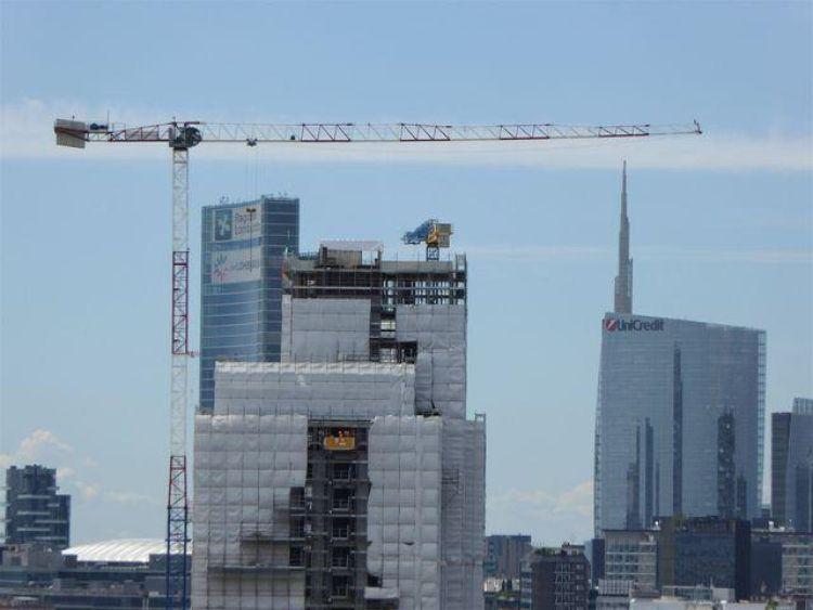 Torre Milano durante i lavori di cantiere
