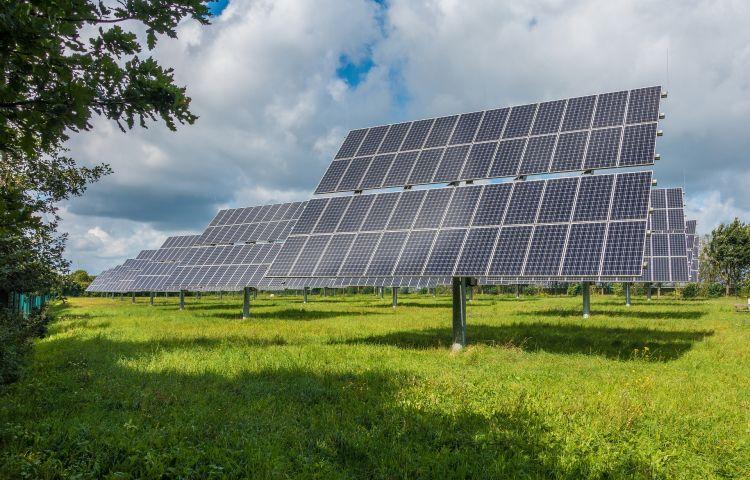 Riduzione dell'impatto ambientale di un servizio di hosting grazie anche alle rinnovabili