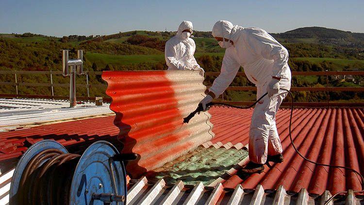 Incapsulamento di una copertura in cemento-amianto (o eternit)