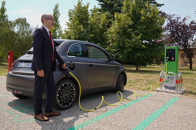 Mobilità elettrica e ricarica: al via l'area sperimentale per fare il pieno all'emobility