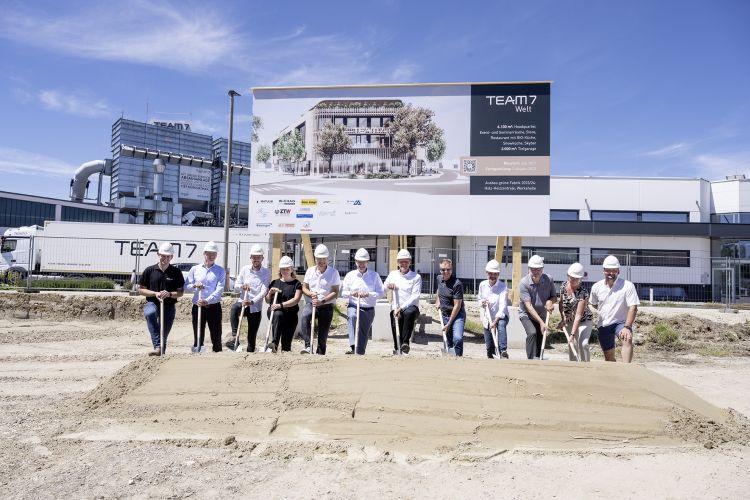 L'inizio dei lavori per la nuova sede di Team 7 a Ried in Innkreis, in Alta Austria