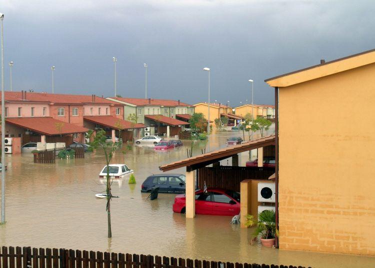 Cambiamento climatico, in Italia il 90% dei comuni è a rischio frane o alluvioni.