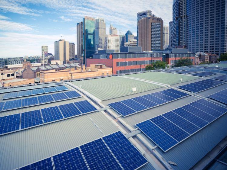 Decarbonizzare le città: energia rinnovabile per ridurre le emissioni
