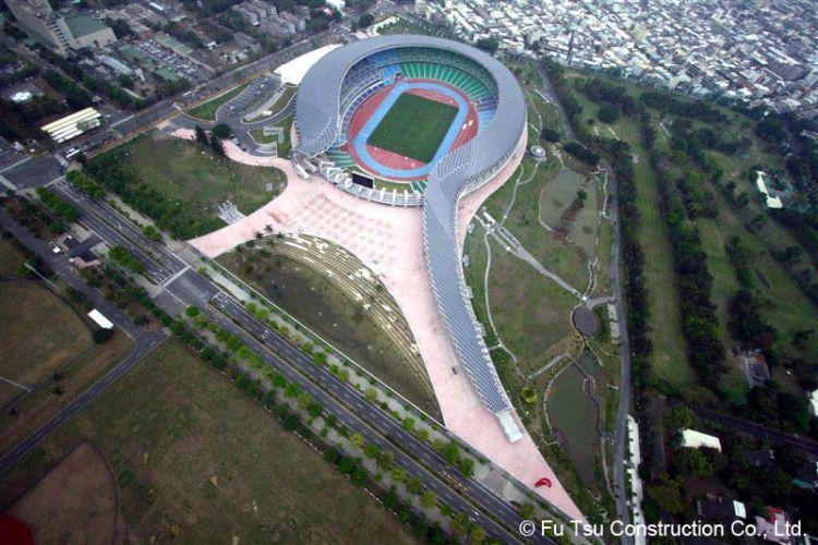 Kaohsiung World Stadium a Taiwan, con tetto fotovoltaico e realizzato con materiali riciclati